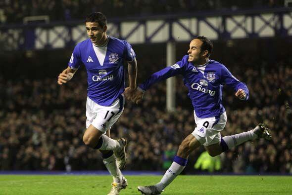 Donovan sigue demostran su valía y anotó el segundo gol de los 'toffees'.