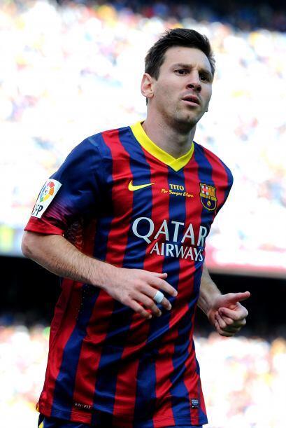Llegamos al duelo ya casi clásico entre Messi y Ronaldo, el argentino es...