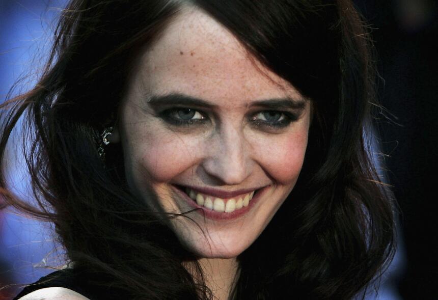 La actriz Eva Green dijo a Variety que conoció al productor en una reuni...