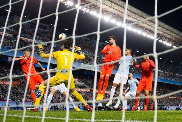El gol para Barcelona llegaría a balón parado, sin que parecieran las fi...