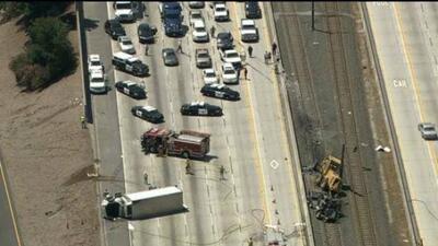 Gran choque en la autopista 210 este.