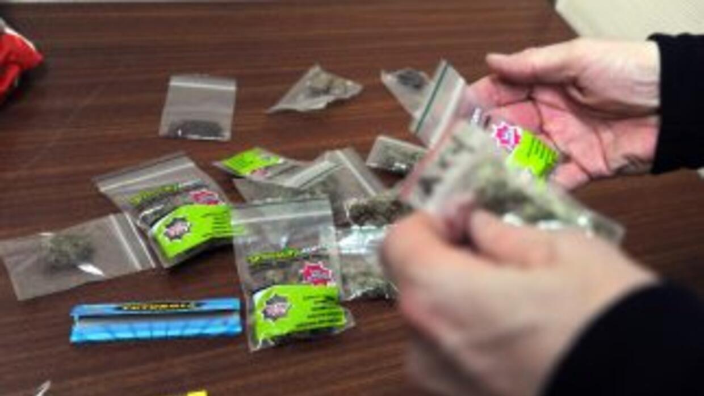 La ONU estimó que las ganancias del narcotráfico ascienden a $320 mmdd a...