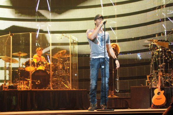 Se estima que unas 60,000 personas asistieron a este concierto del Rodeo.