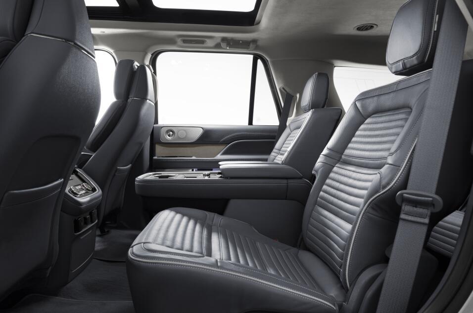 La Lincoln Navigator 2018 quiere reconquistar tu corazón con serenidad,...