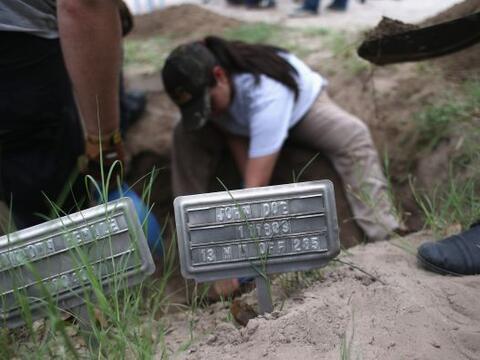 Tan sólo en 2012, unos 129 inmigrantes murieron en el condado Bro...