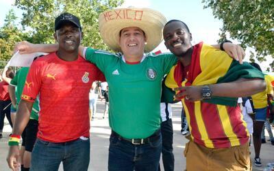 Así vivieron los mexicanos de Houston la victoria de su selección en el...