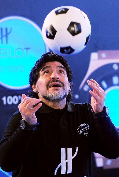 Maradona tenía previsto intentar marcar 10 goles en una porter&ia...