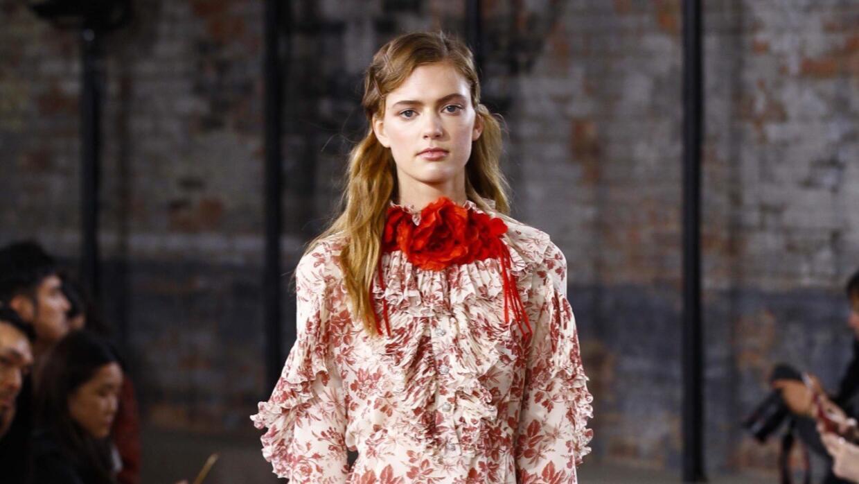 Prints y aires retro protagonizan la colección crucero de Gucci