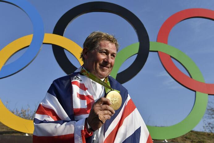 El medallista más veterano fue el británico Nick Skelton, que se impuso...