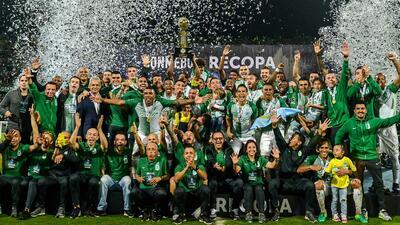 Atlético Nacional goleó a Chapecoense y se quedó con la Recopa Sudamericana