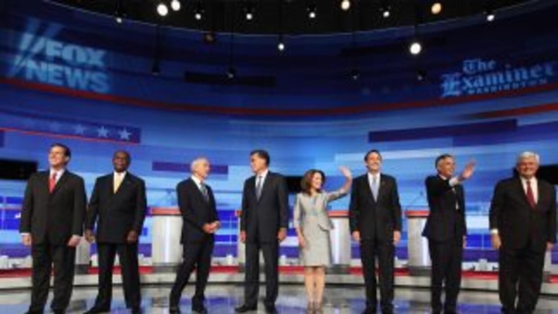 Ocho precandidatos republicanos juraron anular toda la obra del demócrat...
