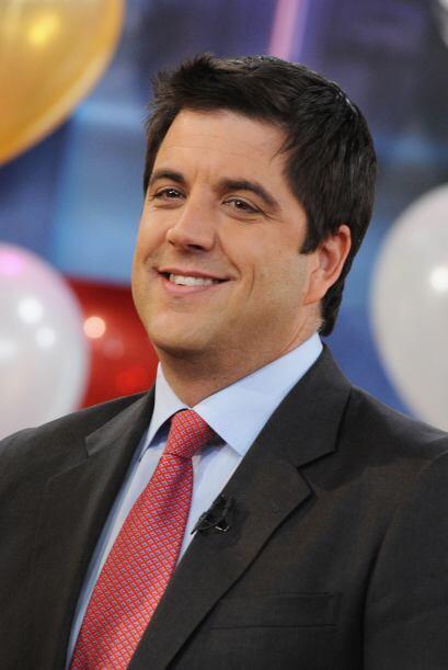 Josh Elliott es uno de los muy queridos host de Good Morning America.
