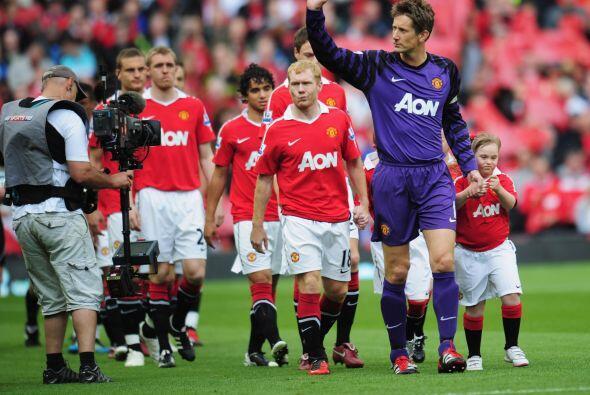 Manchester United encaró la última fecha de la Liga Premier inglesa con...