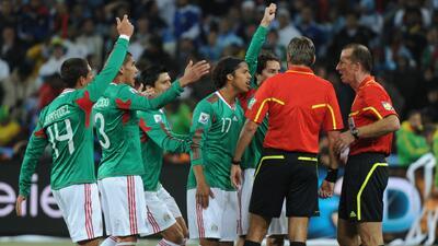 El baúl de los recuerdos: el día que Argentina eliminó con polémica a México en Sudáfrica 2010