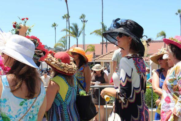 El 17 de Julio, más de 40,000 personas asistieron a la apertura del hipó...