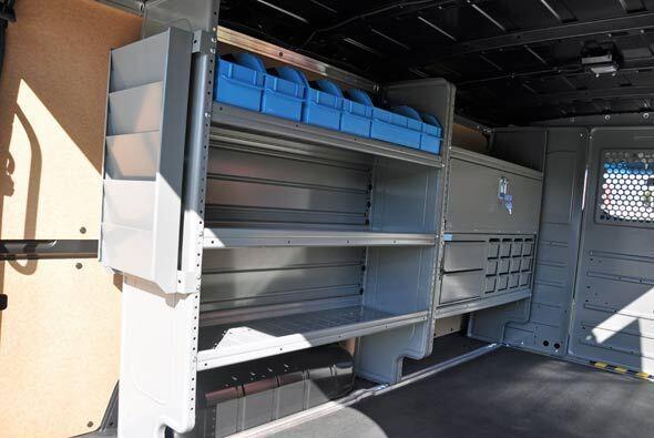 Además del ampli espacio de carga, tiene diversos compartimientos repart...