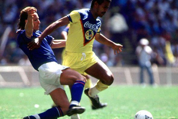 Las otras estrellas se conseguirían en las temporadas 1987-1988 y 1988-8...