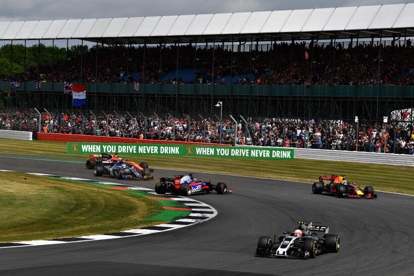 Lewis Hamilton gana por cuarta vez consecutiva el GP de Gran Bretaña Dan...