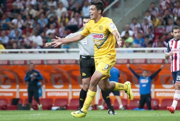 Raúl Jiménez (8).- Se reencontró con el gol, lo cual es una muy buena no...
