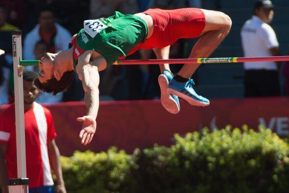 Al mexicano Édgar Alejandro Rivera de poco le sirvieron sus 2.21...