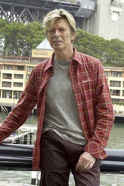 Pero, de vez en cuando, a Bowie le gusta salir a la calle más casual.
