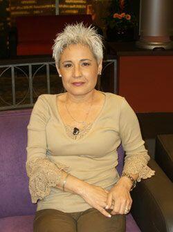 La doctora Anagloria Mora, quien es psicoterapeuta y experta en transexu...