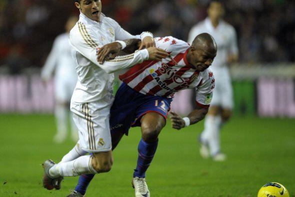A pesar del 2 a 0, Real Madrid siguió decidido al ataque y se llevó todo...