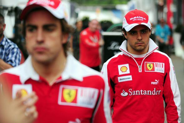 2010 sería un año de polémica para el español y su compañero de equipo F...