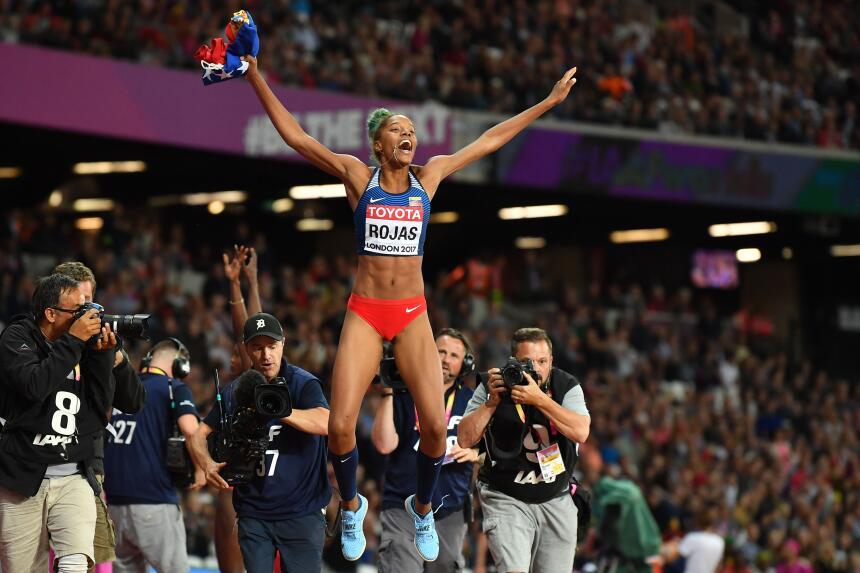 En el salto triple femenino, la venezolana Yulimar Rojas le quitó el tro...