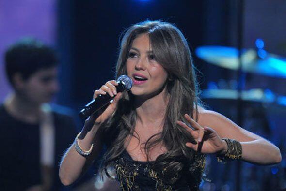 En dicho trabajo discográfico, la estrella de la música latina  contó co...
