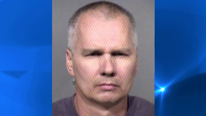 Arrestado por relaciones sexuales con su propio perro James%20Hauser.jpg