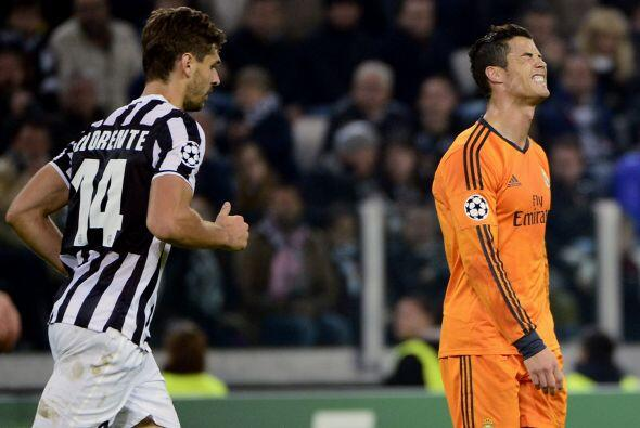 Igualada a dos goles que sólo acercó al Madrid a los octavos de final, p...