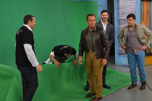 Arnold Schwarzenegger y Joe Manganiello en Despierta