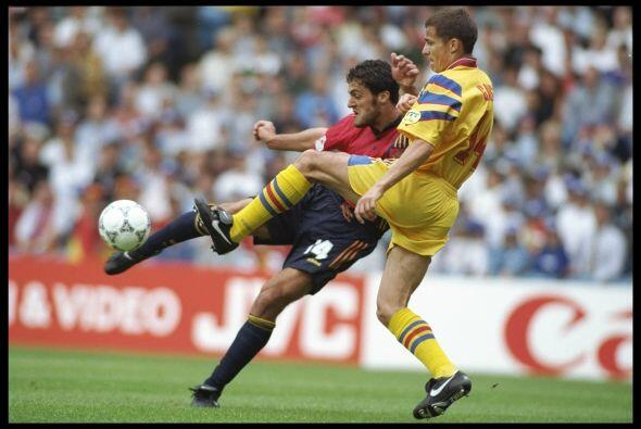 Antes de finalizar su carrera, en 2002 jugó con el Extremadura pero con...