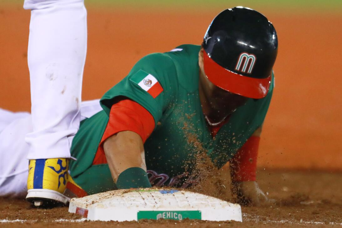 México venció a Venezuela en el Clásico Mundial, pero no le alcanzó para...