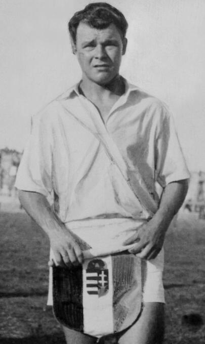 El húngaro Laszlo Kubala brilló con el F.C. Barcelona, pero antes de lle...