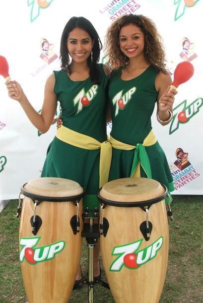 Como estas jovencitas que estaban listas para hacer música.