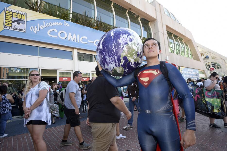 Bersaín Gutiérrez se disfrazó de Superman para asistir a la convención.