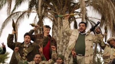 La rebelión libia ha logrado establecer administraciones locales que fun...