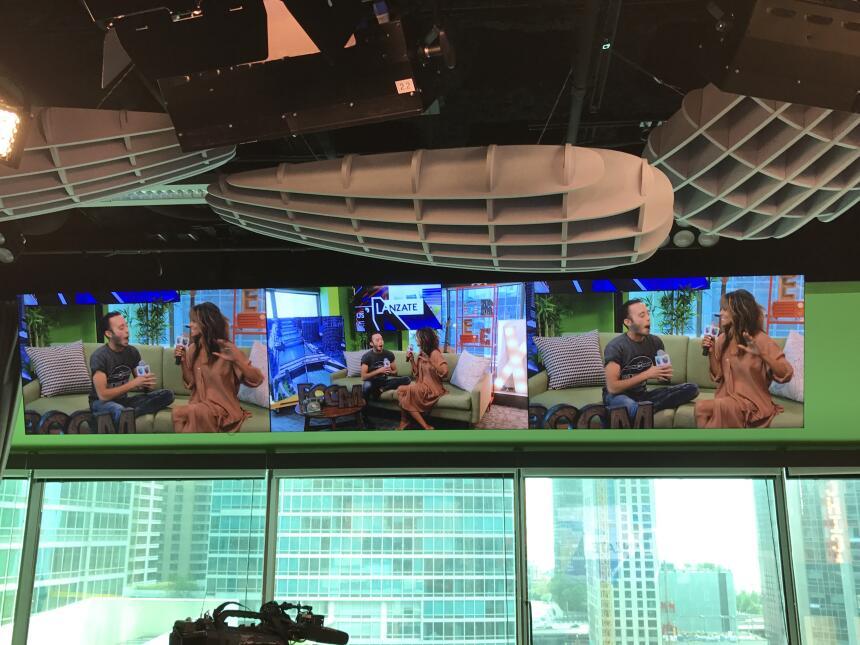 Halle Berry visita Univision Chicago Chicago