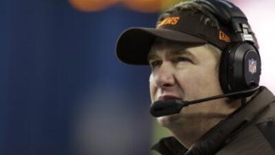 Rob Chudzinski sigue sin creer su salida de los Browns (AP-NFL).