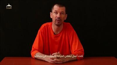 En Un Minuto: padre de otro rehén británico pide su liberación a ISIS