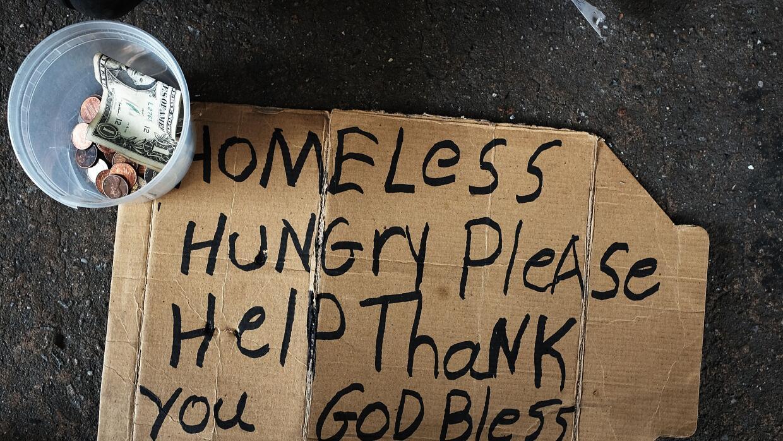Daniel Garza: El gobierno no reduce la pobreza, la fomenta GettyImages-H...