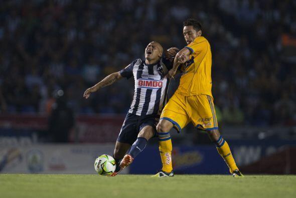 En el Clausura 2013 Monterrey derrotó como local a los Tigres por 1-0 en...
