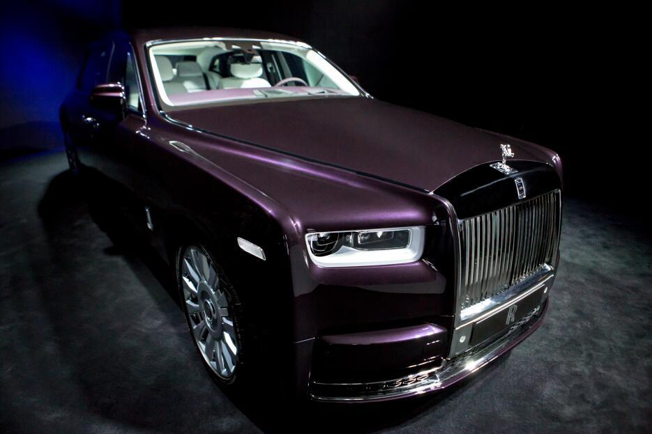 El nuevo Rolls-Royce Phantom VIII en fotos RR PHANTOM VIII EWB (7).jpg