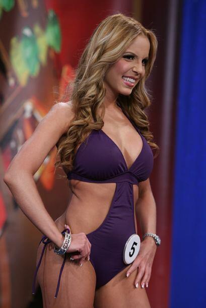 Aquí tienes a la ganadora del voto popular, la colombiana Paola Corvea.