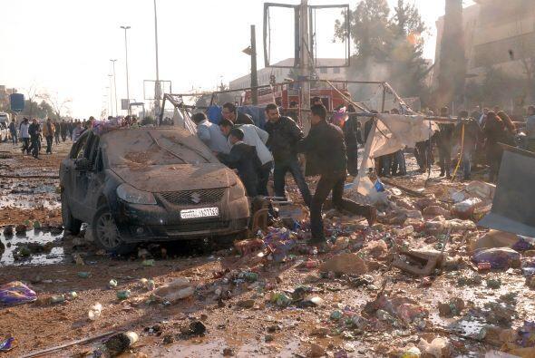 El triple atentado coincide con bombardeos de la aviación siria c...