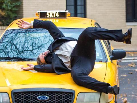 El actor cruzaba las calles de Manhattan sin precaución y fue emb...