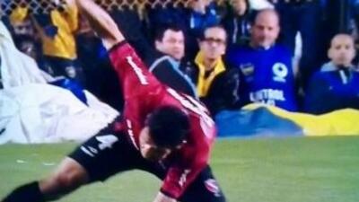 Marcos Cáceres abandonó el encuentro ante Boca por una lesión en el braz...
