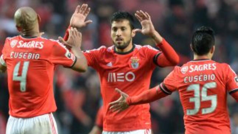 El 2-0 le valió el pase al Benfica.